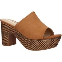 Chaussures Femme Sandales et Nu-pieds Maria Mare 67206 Marr?n