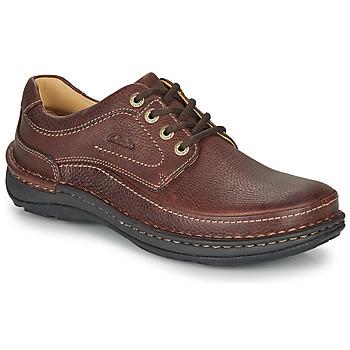 Schuhe Herren Derby-Schuhe Clarks NATURE THREE Braun