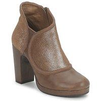 Schuhe Damen Ankle Boots Esska TILLY Braun