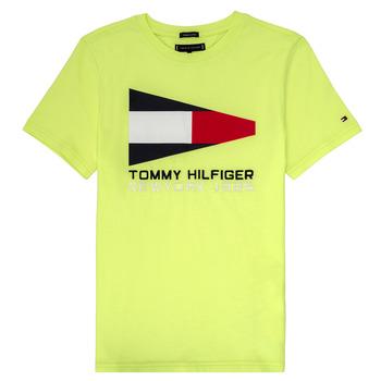 Vêtements Garçon T-shirts manches courtes Tommy Hilfiger KB0KB05628 Jaune