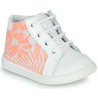 Scarpe Bambina Sneakers alte GBB FAMIA VTV BLANC-IMP ROSE FLUO DPF/MESSI
