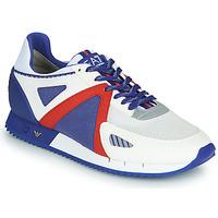 Chaussures Homme Baskets basses Emporio Armani EA7 SAPONI