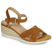 Schuhe Damen Sandalen / Sandaletten Geox D ISCHIA CORDA C Kamel