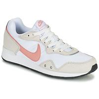 Schuhe Damen Sneaker Low Nike NIKE VENTURE RUNNER Weiß
