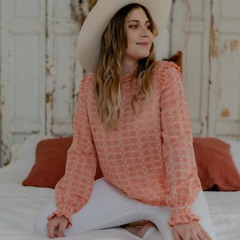 Vêtements Femme Tops / Blouses Céleste HIRONDELLE