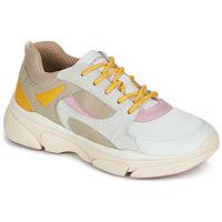 Scarpe Bambina Sneakers basse Geox J LUNARE GIRL