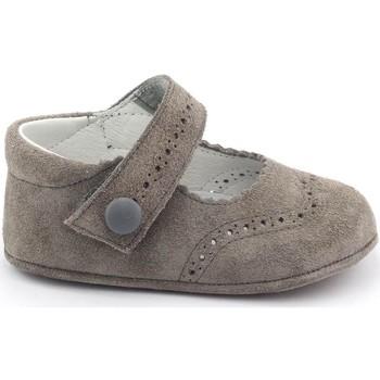 Chaussures Fille Chaussons bébés Boni & Sidonie Chaussons en daim souple - MINNIE Gris