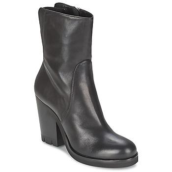 Schuhe Damen Low Boots Strategia GUANTO Schwarz