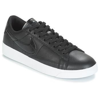 Chaussures Femme Baskets basses Nike BLAZER LOW ESSENTIAL W Noir