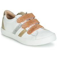 Scarpe Bambina Sneakers basse GBB MADO Bianco / Oro